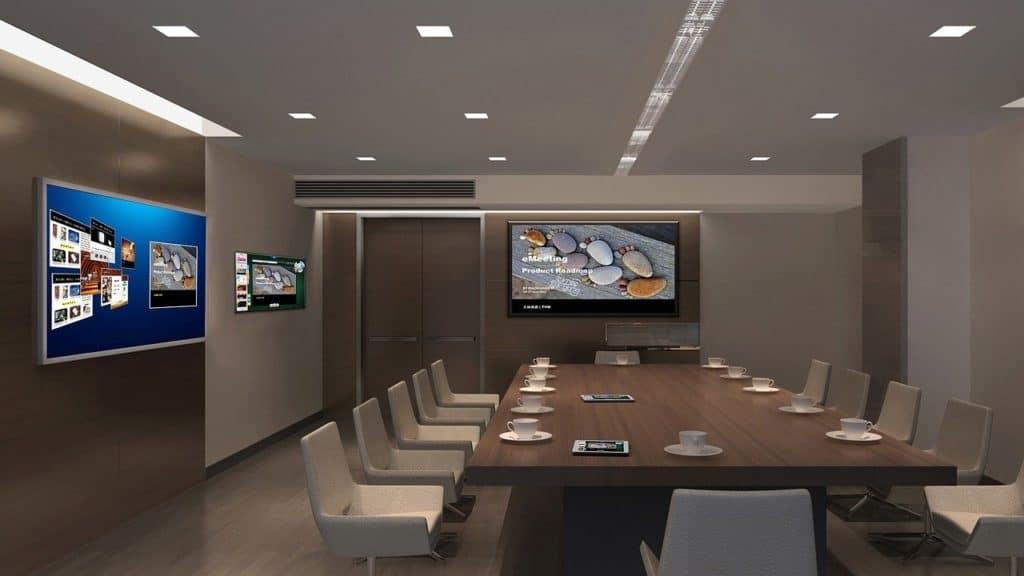 טלויזיה במשרד מודרני